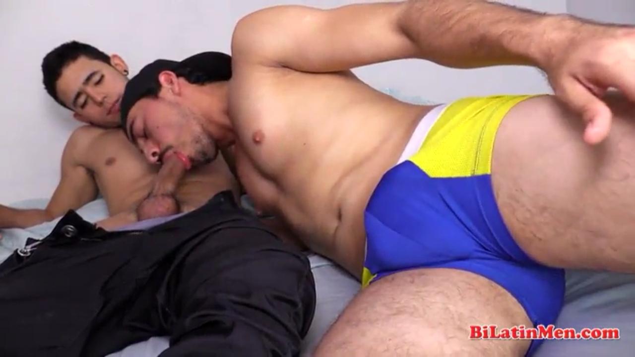 Gay pegou o boyzinho gostoso safado