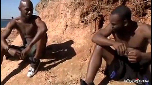 Africanos na putaria