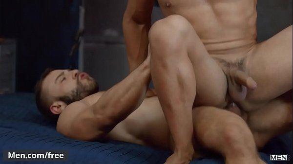 Branquinho safado dando seu cu apertado caiu na net