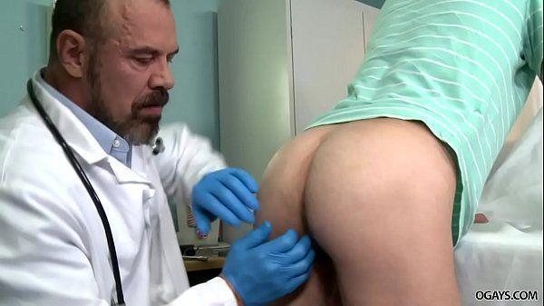 Medico safado comendo o cu apertado de seu amigo acabou no xvideos